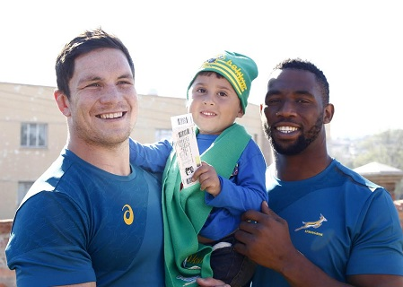 PORT ELIZABETH, SOUTH AFRICA - JUNE 22: Francios Louw (L),Leon Daniel Greef (M) and Sia Kolisi (R) during the Ticket Handover with Reach For A Dream in Uitenhage on June 22, 2016 in Port Elizabeth, South Africa. (Photo by Michael Sheehan/Gallo Images)