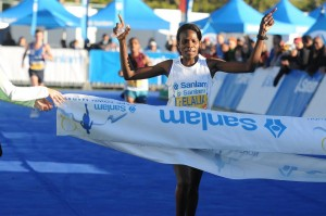 FirstLady – Helaia Johannes, First lady of Sanlam Cape Town Marathon 2016 10km Peace Run